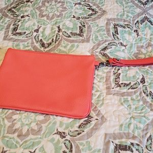 Thirty-one rubbie mini in coral with wristlet